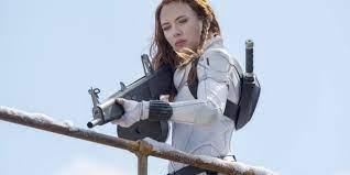 Scarlett Johansson ต้องการเงิน 100 ล้านเหรียญสำหรับ Black Widow ก่อนฟ้อง Disney