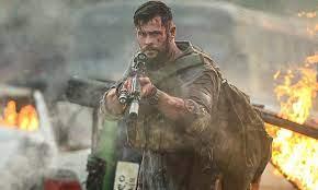 Extraction 2 ของ Chris Hemsworth ได้ย้ายสถานที่ถ่ายทำแล้วเนื่องจากความกังวลในการปิดระบบ COVID
